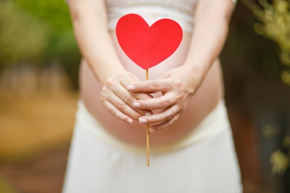 cuándo aparecen los primeros sintomas de embarazo